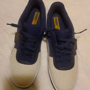Puma sneakers like new very good condition